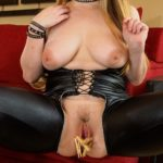 danielle-ftv-clothes-pins-bdsm