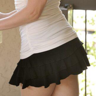 black-ruffle-skirt